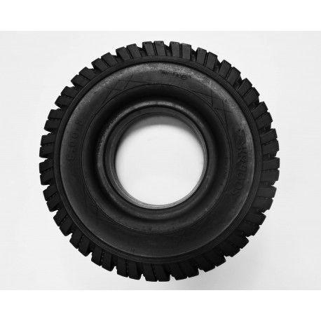 Solid tyres for forklift truck.jpg