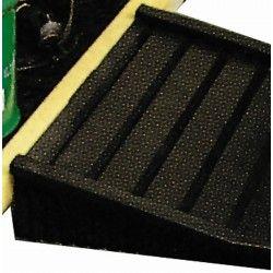 Cubetas de polietileno & metálicas --Rampa