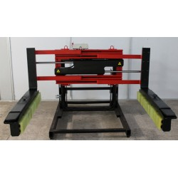Sobre tablero: volteadores, pinzas,…--Pinza para bloques de hormigón