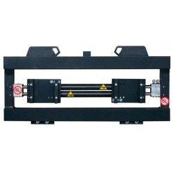 Sobre tablero: volteadores, pinzas,…--Posicionador de Horquillas FEM2 2500kg ancho 1040mm