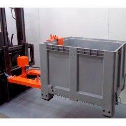 Sobre tablero: volteadores, pinzas,…--Volteador Contenedores de Plástico 1000kg