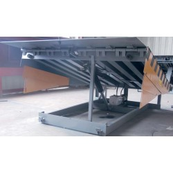 Rampas de carga--Rampa Muelle 12t Hidráulica